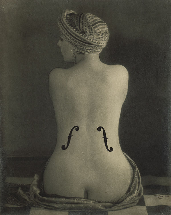 le violon d'Ingres par Man ray