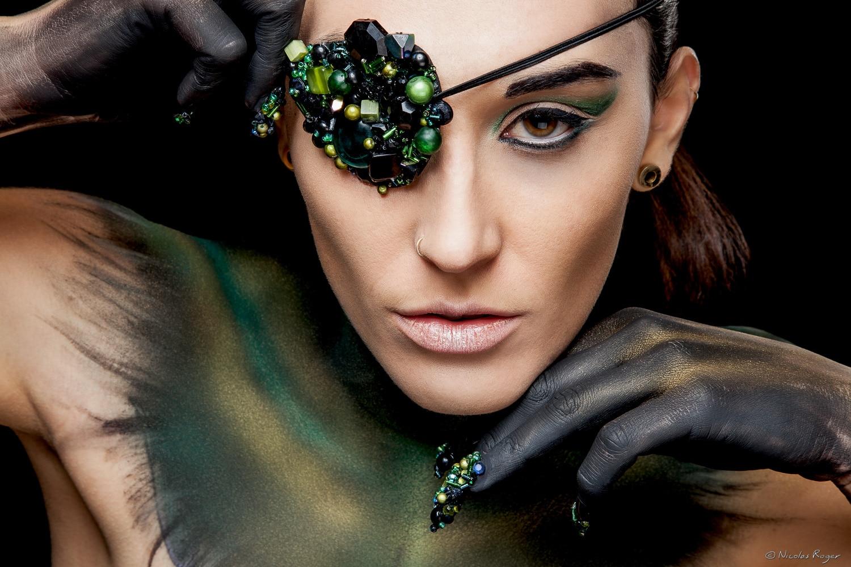 Photographe de mode à Clermont-Ferrand collaborant avec des maquilleuses professionnelles