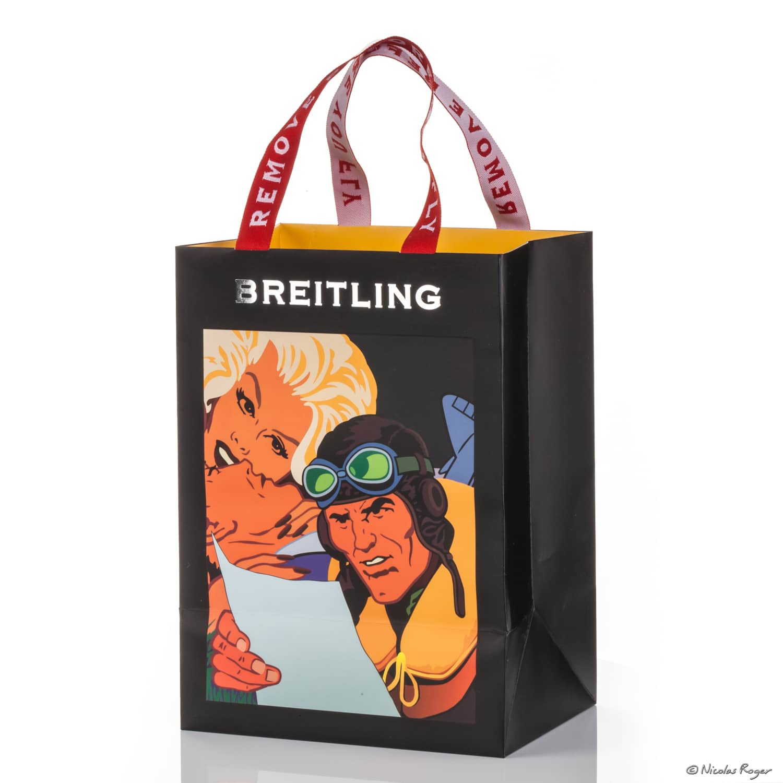 Photographie packshot d'un sac en papier décoré