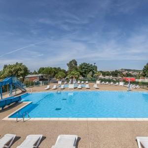 Photographie architecture  Une piscine extérieure