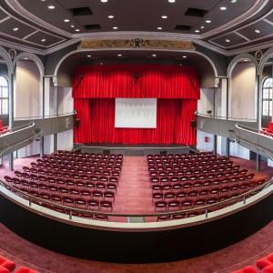 Photographe d'architecture : Salle de spectacle