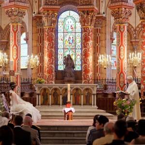 Photographie de mariage religieux à Clermont-Ferrand