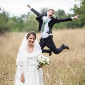 La photographie de mariage peut être amusante