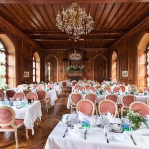 Photographie de la salle de réception du château de Maulmont en Auvergne