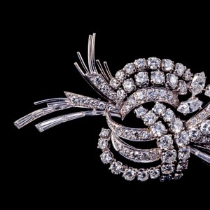 Photographie de bijoux pour les ventes aux enchères