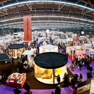 Salon professionnel à la grande Halle d'Auvergne
