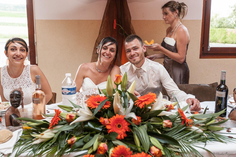 Les mariés au repas