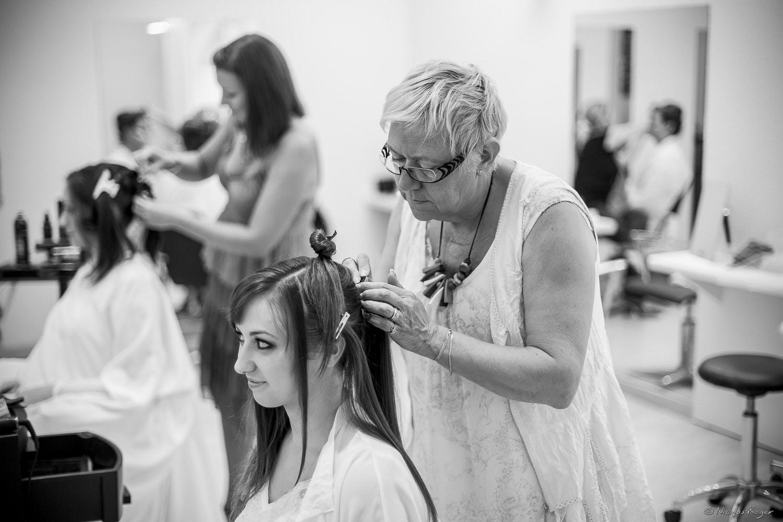 Une coiffure pour la mariée
