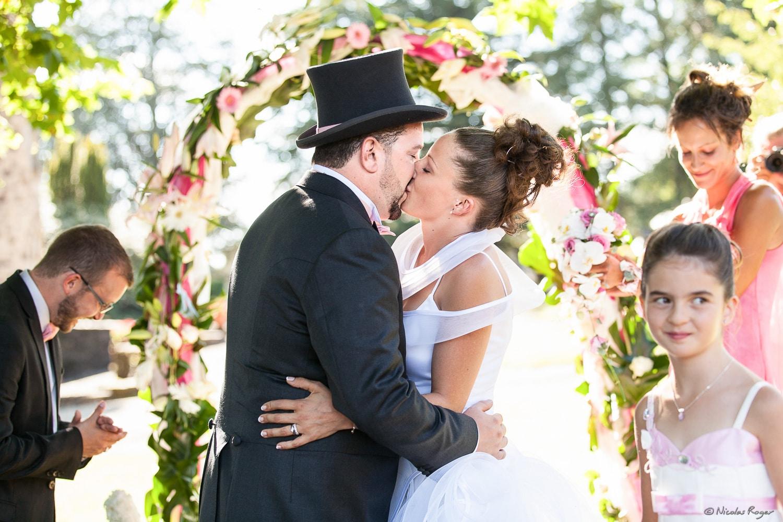 Cérémonie en extérieur – Le baiser